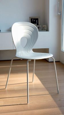 Collections Unico Tables and Chairs, Italy PETALO CHAIRS