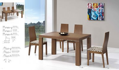 Ines Table, Luz Chairs